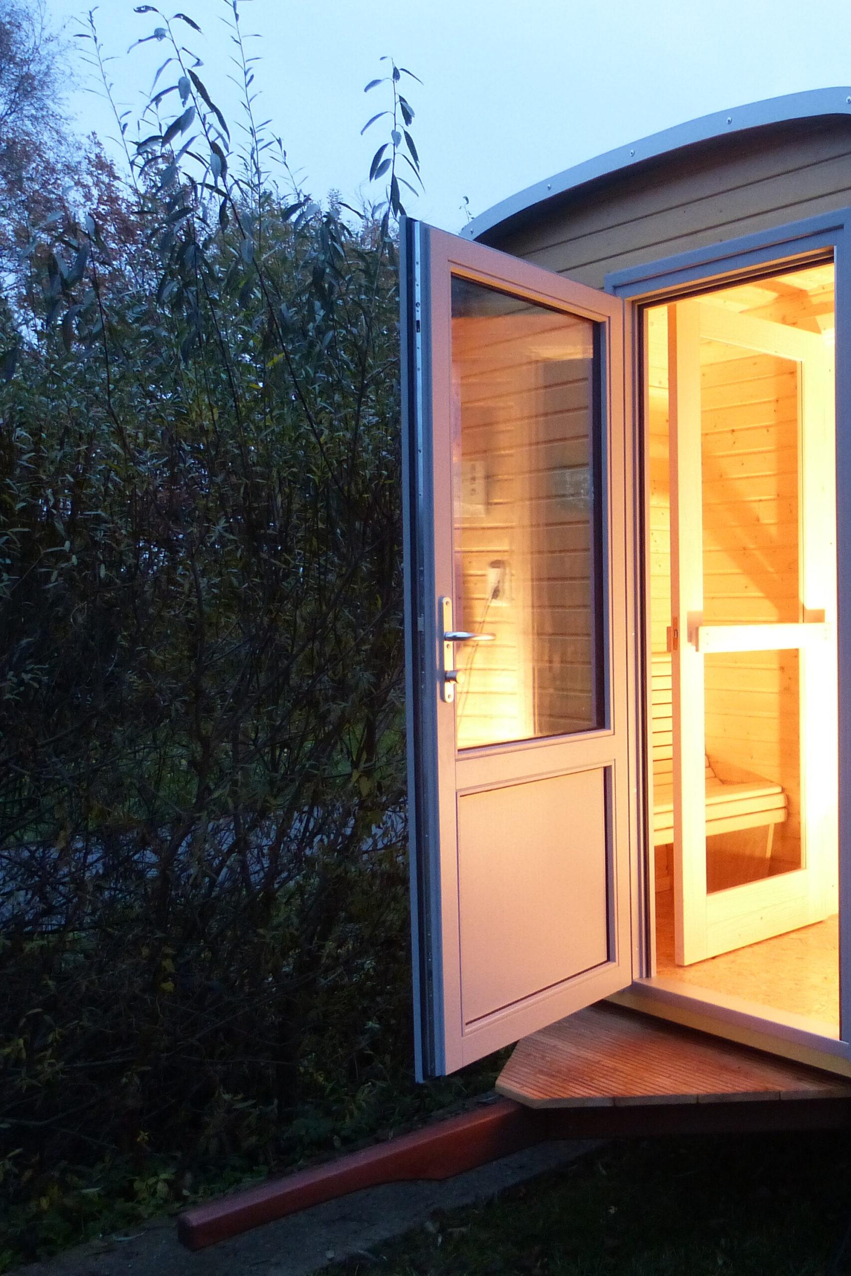 wagen-sauna-cropped-5